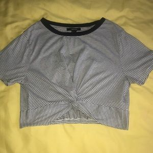 Forever 21‼️ ~Black and White Striped Crop Top~